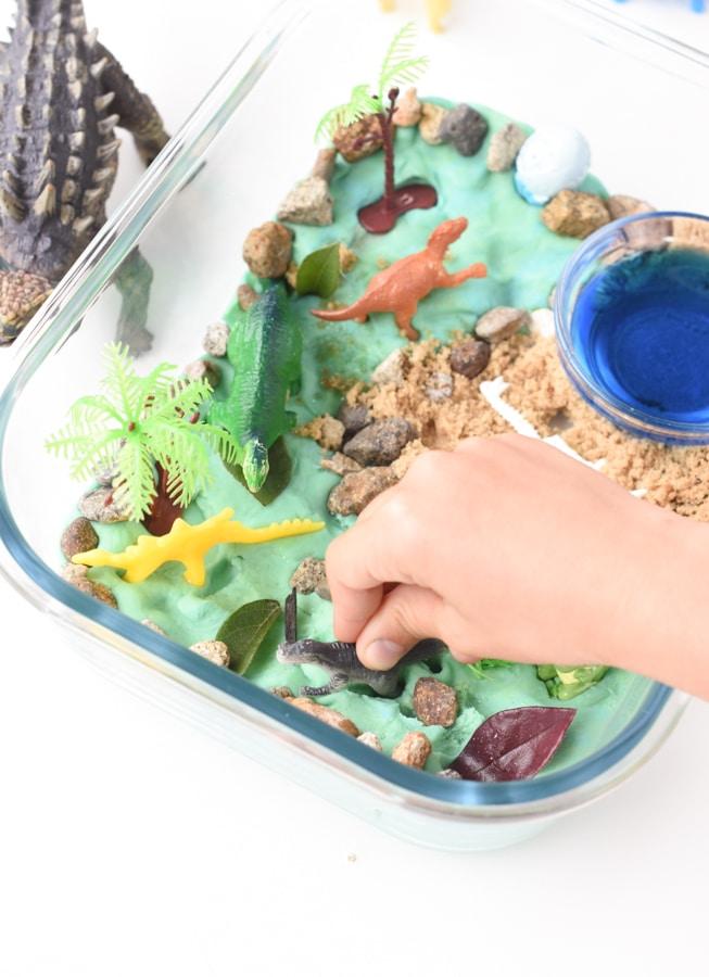dinosaur sensory bins