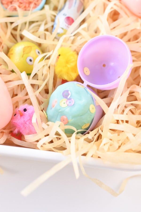 Easter sensory bin
