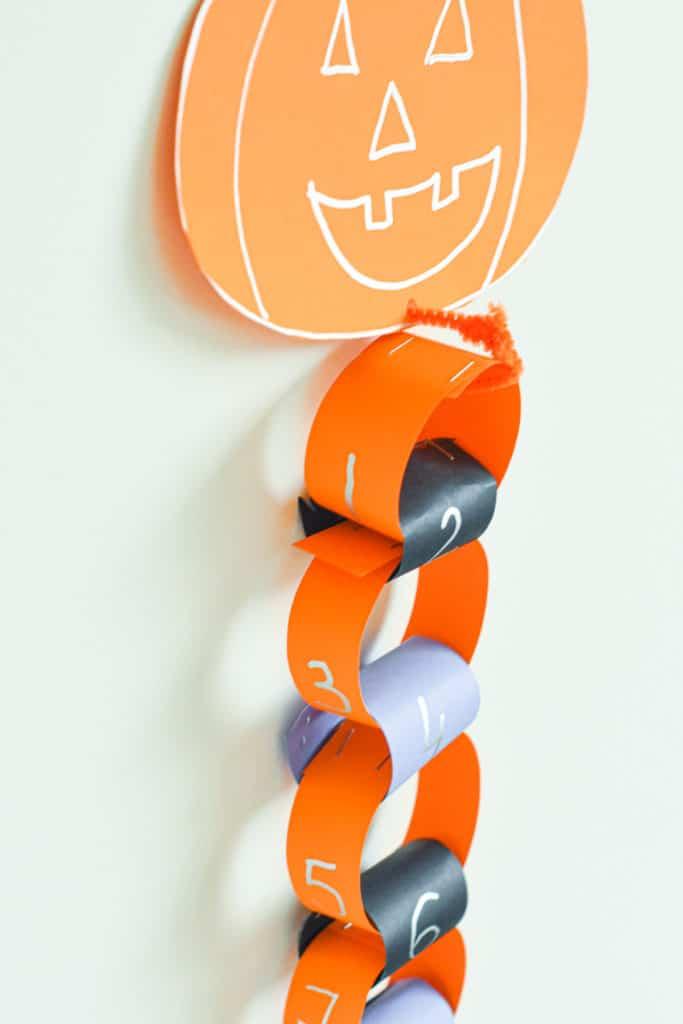 Halloween Paper Chain Countdown